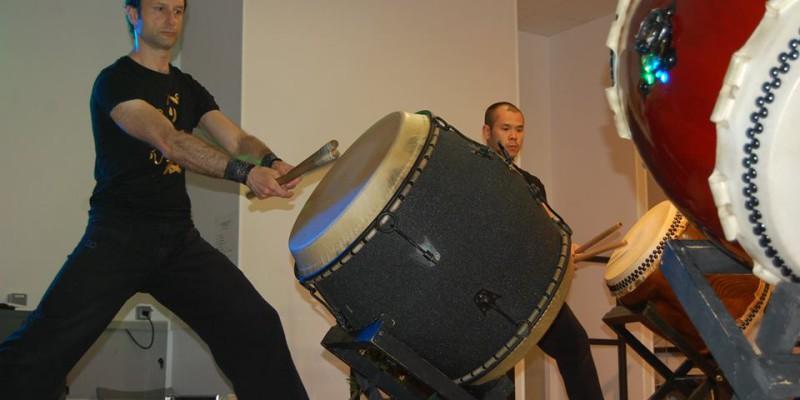 Paris Taiko Ensemble Precussion Japonaise
