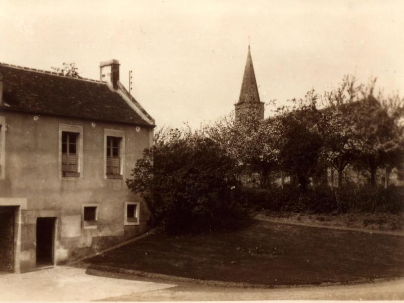 coté nord du manoir appartement de Mme Feret 1934